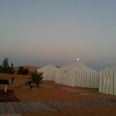 Отель Bivouac Le Ciel Bleu Марокко, Мерзуга - отзывы, цены и фото номеров - забронировать отель Bivouac Le Ciel Bleu онлайн бассейн