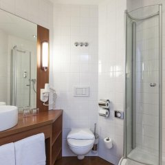 Star Inn Hotel Frankfurt Centrum, by Comfort 3* Стандартный номер с различными типами кроватей фото 7