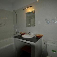 Отель Starfruit Homestay Hoi An 2* Стандартный семейный номер с двуспальной кроватью фото 2