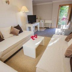 Moonshine Hotel & Suites 3* Люкс с различными типами кроватей фото 5