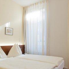 Отель Goldener Schlüssel 3* Стандартный номер с двуспальной кроватью фото 7