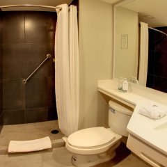 Отель City Express Plus Patio Universidad Мехико ванная
