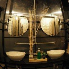 Отель Box Poshtel Phuket Таиланд, Пхукет - отзывы, цены и фото номеров - забронировать отель Box Poshtel Phuket онлайн ванная