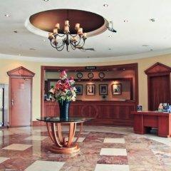 Отель Regal Plaza Hotel ОАЭ, Дубай - 2 отзыва об отеле, цены и фото номеров - забронировать отель Regal Plaza Hotel онлайн интерьер отеля фото 3