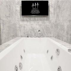 Отель Hotels & Preference Hualing Tbilisi 5* Стандартный номер с 2 отдельными кроватями фото 2