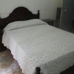 Отель Pensao Sao Joao da Praca 2* Стандартный номер с двуспальной кроватью (общая ванная комната) фото 5