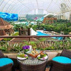 Отель InterContinental Chengdu Global Center Улучшенный номер с различными типами кроватей фото 2