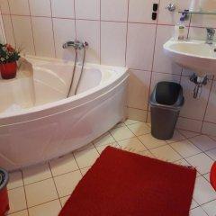 Отель Taltos Vendeghaz Венгрия, Силвашварад - отзывы, цены и фото номеров - забронировать отель Taltos Vendeghaz онлайн ванная