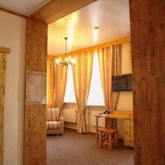 Гостиница Алеша Попович Двор 3* Люкс повышенной комфортности с различными типами кроватей фото 5