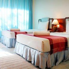 Отель Baan Pron Phateep Улучшенный номер с двуспальной кроватью