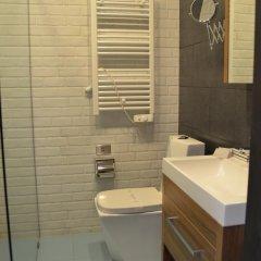 Hotel Old Tbilisi 3* Номер Делюкс двуспальная кровать фото 12