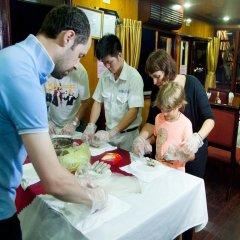 Отель Halong Golden Lotus Cruise питание фото 2