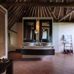 Отель Phi Phi Island Village Beach Resort 4* Вилла с различными типами кроватей фото 6