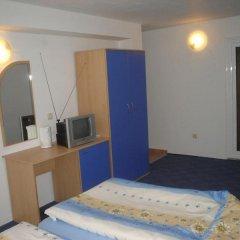 Отель Guest House Rai Стандартный номер с различными типами кроватей фото 3