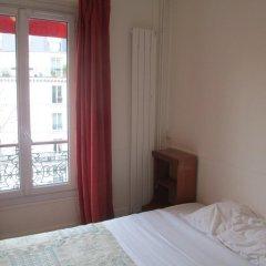 Central Hotel 3* Стандартный номер с двуспальной кроватью (общая ванная комната) фото 7