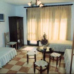 Отель Pulpudeva Villa Солнечный берег комната для гостей