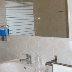 Отель Lamelis Inn Италия, Лидо-ди-Остия - отзывы, цены и фото номеров - забронировать отель Lamelis Inn онлайн ванная фото 4