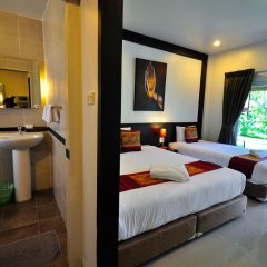 Phuket Airport Hotel 3* Стандартный номер разные типы кроватей фото 12