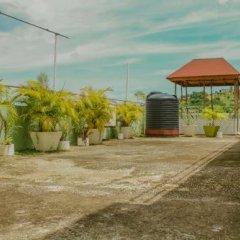 Отель Norman's Court Resort & Sky Restaurant Club Ямайка, Монтего-Бей - отзывы, цены и фото номеров - забронировать отель Norman's Court Resort & Sky Restaurant Club онлайн парковка