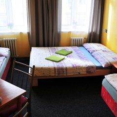Hostel Alia Стандартный номер с различными типами кроватей (общая ванная комната) фото 15