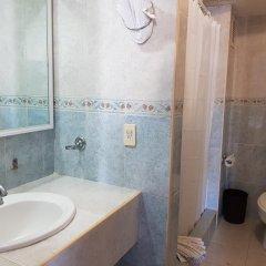 Hotel Club Del Sol Acapulco ванная фото 2