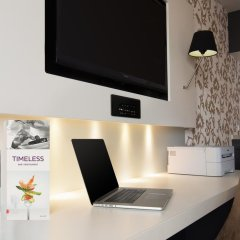 Mercure Hotel Amersfoort Centre 4* Люкс повышенной комфортности с различными типами кроватей фото 11