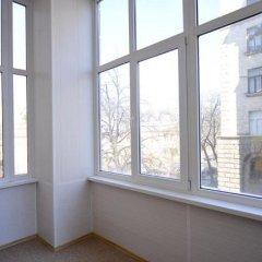 Ester President Hostel Стандартный номер с 2 отдельными кроватями (общая ванная комната) фото 23