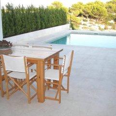 Отель Villa Cel Испания, Кала-эн-Бланес - отзывы, цены и фото номеров - забронировать отель Villa Cel онлайн бассейн