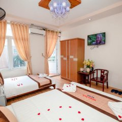 Halong Party Hostel комната для гостей