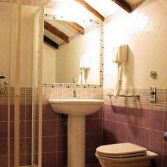 Lux Hotel Durante 2* Стандартный номер с 2 отдельными кроватями фото 19