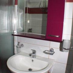 Отель Azzurra Apartments Албания, Саранда - отзывы, цены и фото номеров - забронировать отель Azzurra Apartments онлайн ванная фото 2