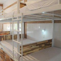 Отель Hoang Nga Guest House 2* Кровать в общем номере с двухъярусной кроватью фото 15
