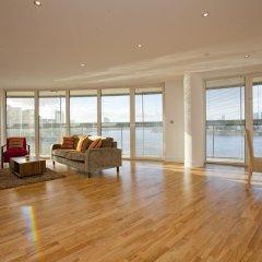 Апартаменты Apple Apartments Greenwich комната для гостей фото 2