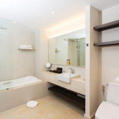 Отель Mai Khao Lak Beach Resort & Spa 4* Люкс повышенной комфортности с различными типами кроватей фото 17