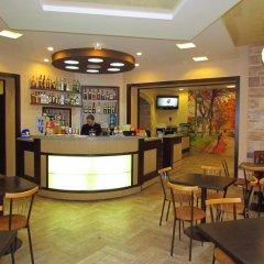 Гостиница Aparthome Opera Theatre Львов гостиничный бар