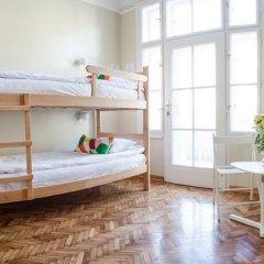 Roommates Hostel Кровать в общем номере фото 17