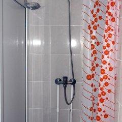 Гостиница Хостел Хотси-Тотси в Ставрополе отзывы, цены и фото номеров - забронировать гостиницу Хостел Хотси-Тотси онлайн Ставрополь ванная фото 2
