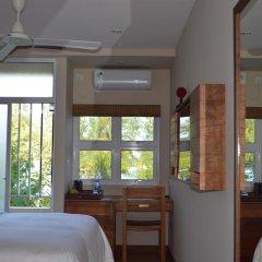 Отель Maakanaa Lodge 3* Номер Делюкс с различными типами кроватей фото 18