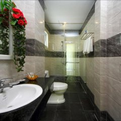 Отель Flame Flowers Homestay 2* Стандартный номер с различными типами кроватей фото 11
