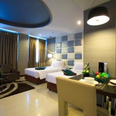 Отель FuramaXclusive Asoke, Bangkok 4* Номер категории Премиум с различными типами кроватей фото 15