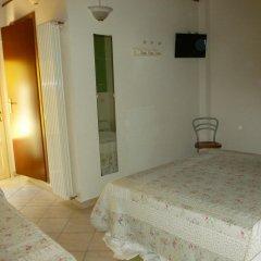 Отель La Locanda Al Lago Италия, Вербания - отзывы, цены и фото номеров - забронировать отель La Locanda Al Lago онлайн комната для гостей фото 2