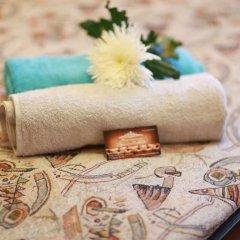 Гостиница Марсель 2* Номер с общей ванной комнатой с различными типами кроватей (общая ванная комната)