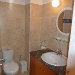 Отель 303 Кипр, Пафос - отзывы, цены и фото номеров - забронировать отель 303 онлайн ванная
