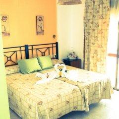 Отель Hostal Malia Испания, Кониль-де-ла-Фронтера - отзывы, цены и фото номеров - забронировать отель Hostal Malia онлайн комната для гостей фото 5