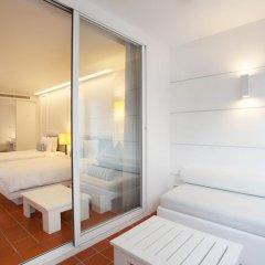Отель X2 Vibe Phuket Patong 4* Стандартный номер двуспальная кровать фото 4