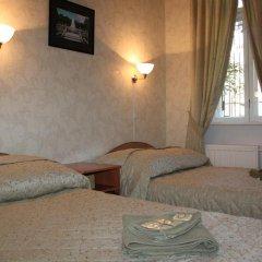 Гостиница У Фонтана Номер Комфорт с двуспальной кроватью
