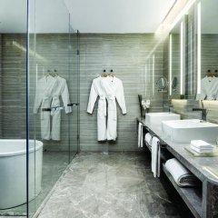Отель Langham Place Guangzhou Гуанчжоу ванная фото 2