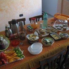 Отель Bed and Breakfast La Villa Пресичче питание