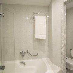 Hotel Beatriz Costa & Spa 4* Стандартный номер с различными типами кроватей фото 8
