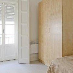 Отель Sunny Lisbon - Guesthouse and Residence 3* Стандартный номер с двуспальной кроватью (общая ванная комната) фото 11